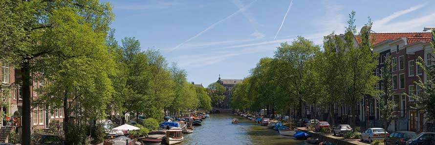 The canals of Amsterdam (© Diliff, CC-BY-ASA-2.0)