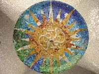 A mosaic in the hypostyle room in Park Guell (© Godmeister, CC-BY-ASA-3.0)