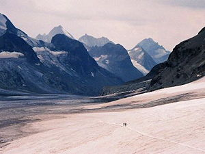 Two alpinists on the Otemma Glacier on the Haute Route