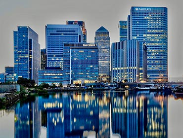 Canary Wharf after sunset (© Aleem Yousaf, CC-ASA-BY-2.0)