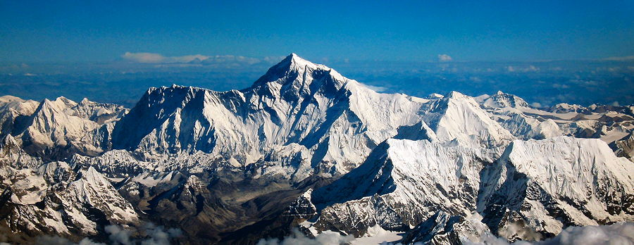 Aerial photo from the south, with Mount Everest rising above the ridge connecting Nuptse and Lhotse