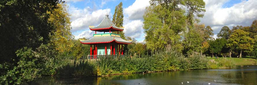 Lake Zurich Football >> Victoria Park   East London's most popular park