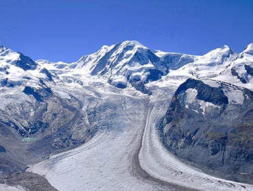 The view from the Gornergrat mountain railway, Zermatt (© Hansueli Krapf , CC-BY-SA-3.0)