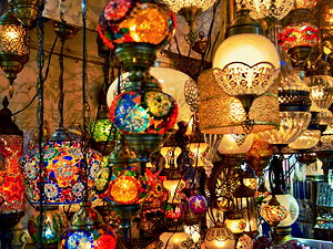Lining the shops of Old Bazaar of Istanbul are many lamp shops, selling colorful lamps seen throughout Turkey and the Middle East.
