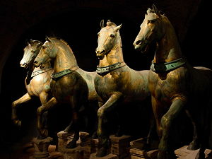 The four bronze horses that used to be in the Hippodrome, today in Venice (© Tteske, CC BY 3.0)