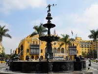 The Plaza de Armas Square in Lima (© Avodrocc , CC-BY-ASA-2.0)
