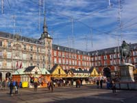 Plaza Mayor's Christmas market (© Barcex, CC-BY-ASA-3.0)