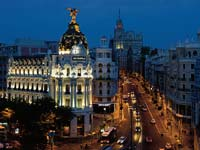 Madrid's Gran Via at night (© PromoMadrid, author Max Alexander