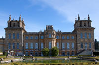 Blenheim Palace (© Tony Hisgett, distributed under a Creative Commons Attribution 2.0 license).