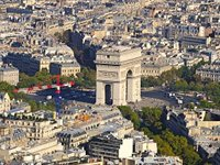 Paris' Arc de Triomphe from the air (© Taxiarchos228, distributed under a CCASA 3.0 Unported licence).